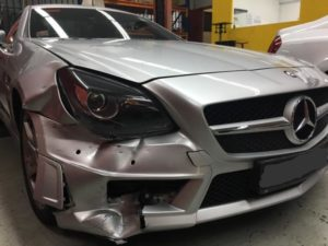 Accident Mercedes before repair