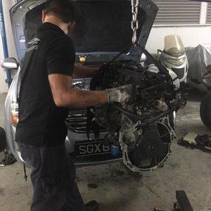 Overhaul engine at our car workshop